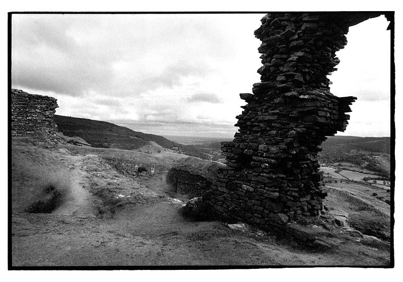 Castell Dinas Bran, Llangollen. Offa's Dyke N. Trail. August 1995.