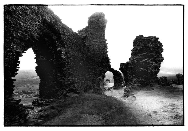 Offa's Dyke National Trail. Castell Dinas Bran, Llagollen. August 1995.