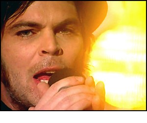Showreel_Gaz_Coombes_Weekend_June_2015